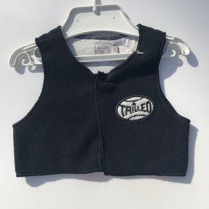 Taille Boy black felt vest